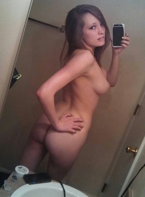 femme age nue coquine dans le 20