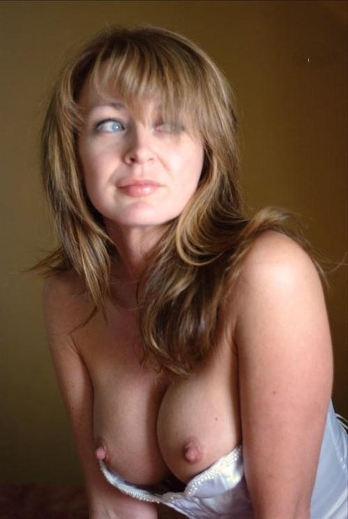 photo de femme nue en couple dans le 05