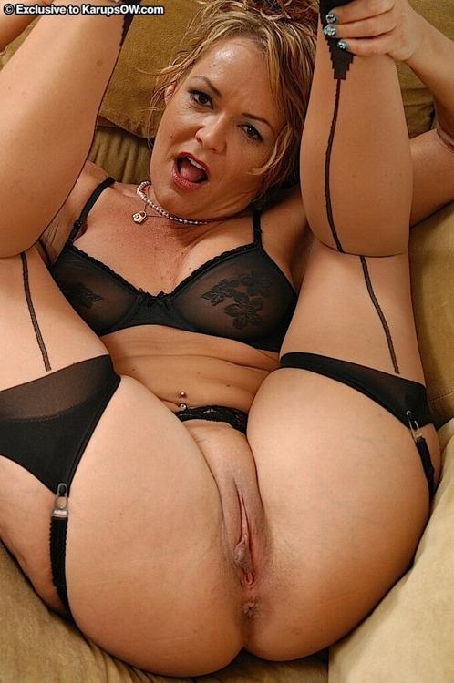 une femme nue du 25 mature